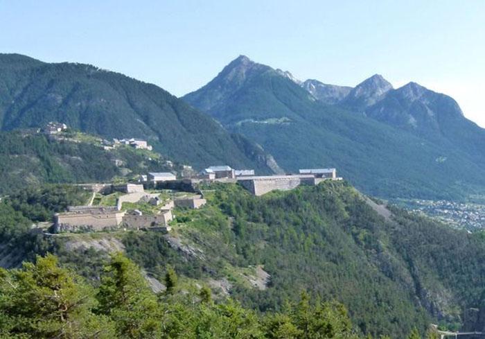 Forteresse Briançon-Camping Montagne